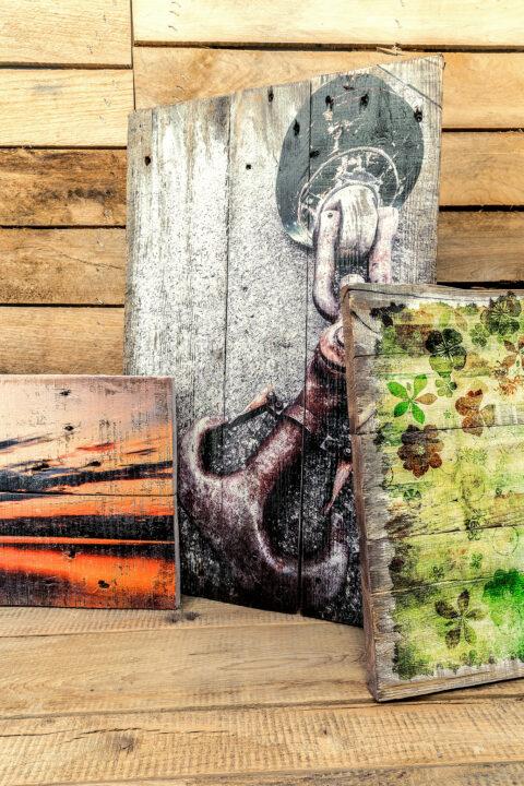 Europaletten Collage von Hand vorgeweißt - Druck auf Palettenholz