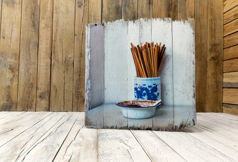 Druck auf Vintage Holz mit all seinen Ecken und Kanten
